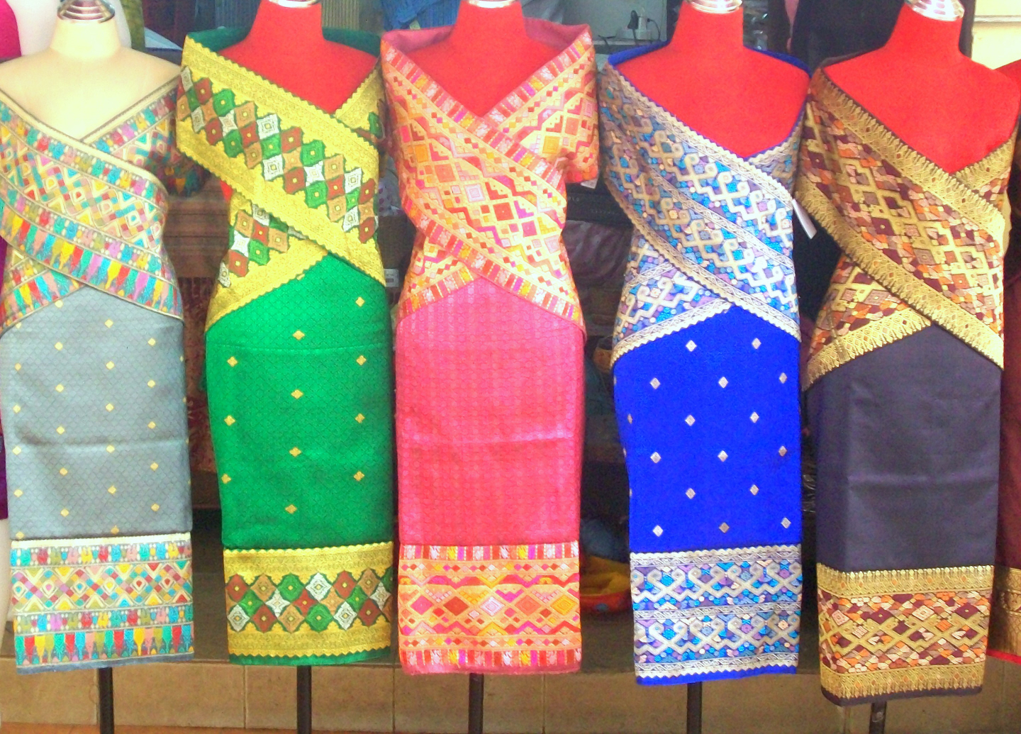 Traditional Laos Dress for Women