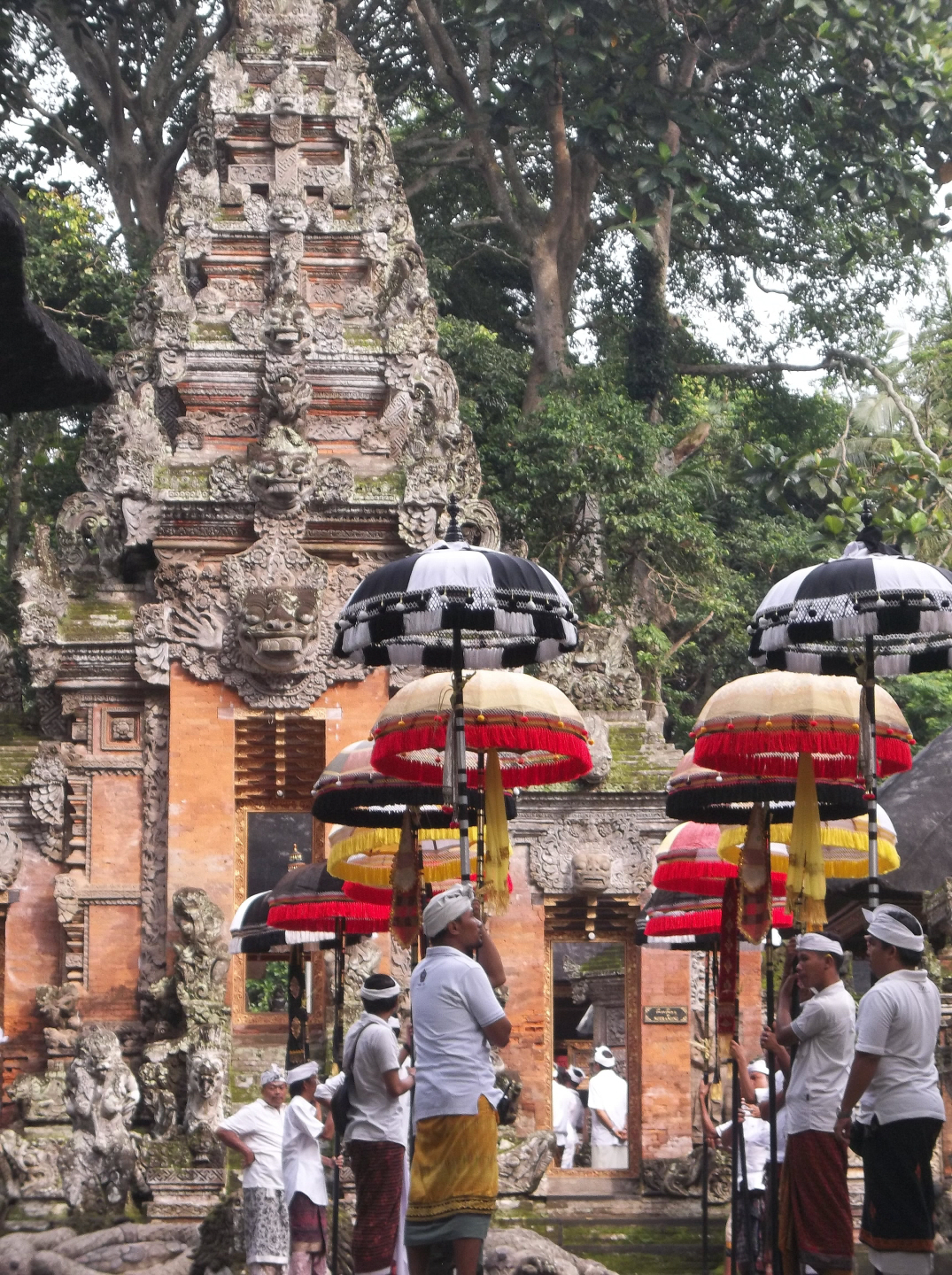 Pura Dalem Agung Pabangtegal (14th Cen.) - in Monkey Forest, Ubud