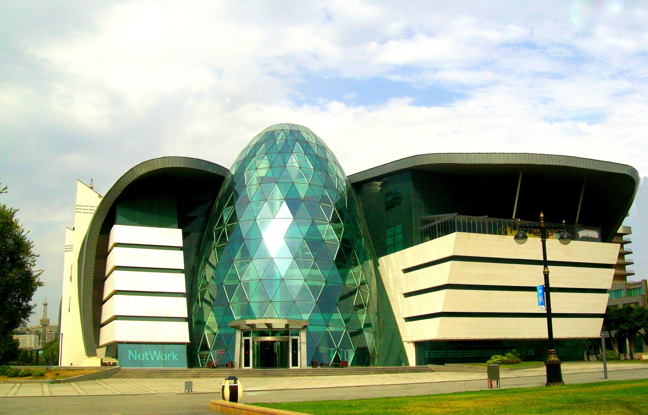 Azerbaijan has Some Remarkable Contemporary Architecture - Widely Spaced Amoung Greens & Traditional Architecture It Is Stunning - Baku, Azerbaijan