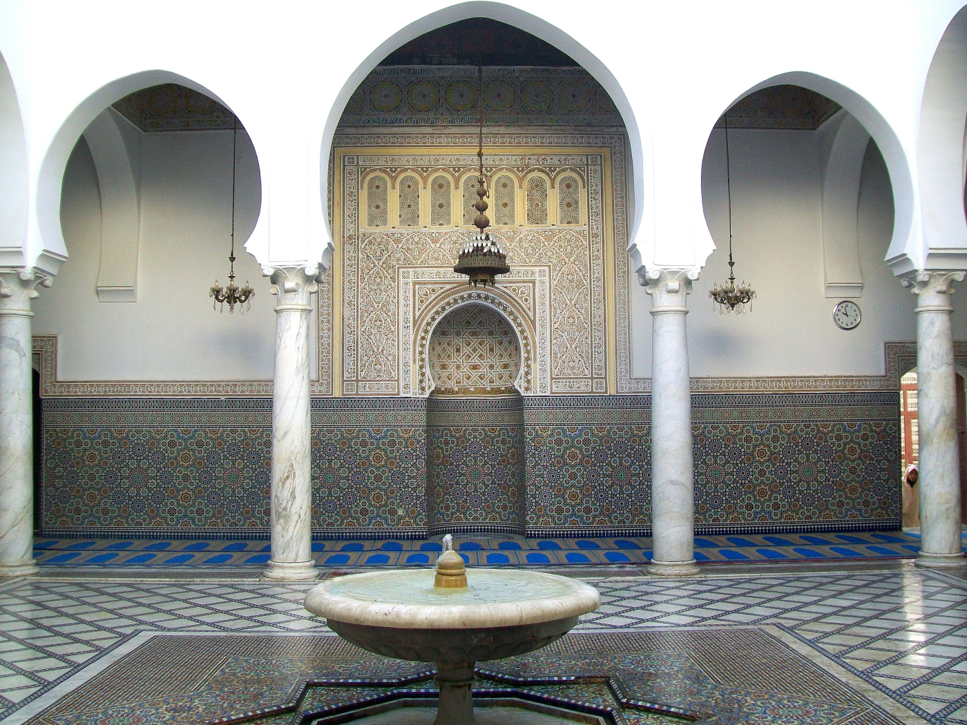 Moulay Idriss Mosque ( Idris ibn Abdillah -the Great, Great Grandson of the Holy Prophet)